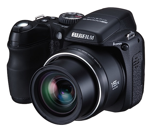 Fujifilm finepix s2000hd review for Fujifilm finepix s2000hd prix