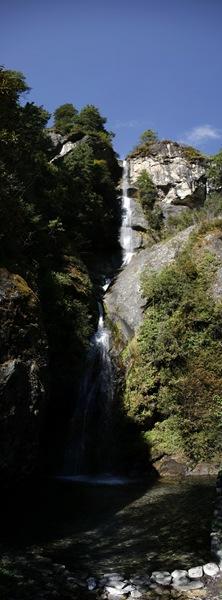 panoramic photo waterfall-nepal