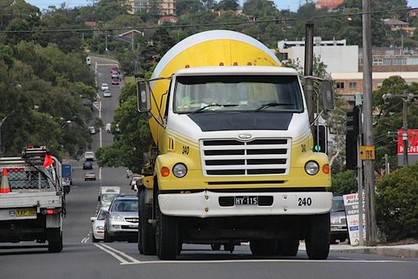 Cement truck Brookvale.JPG