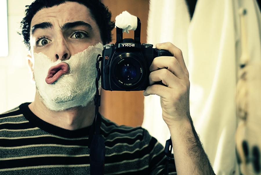 13 Fun Self Portrait Mirror Shots