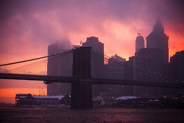 3 - brooklyn_bridge_snowstorm_sunset.jpg