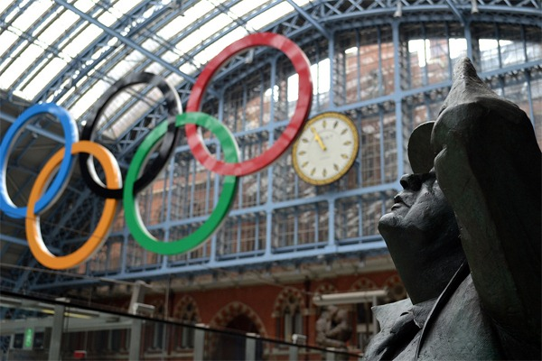 Olympic Rings at St. Pancras