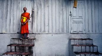 Young monk, Laos :: 35 mm, Fstop 3.2, Shutter - 1\80