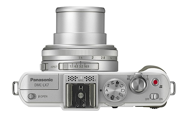 Panasonic Lumix DMC-LX7 Review Top.jpg