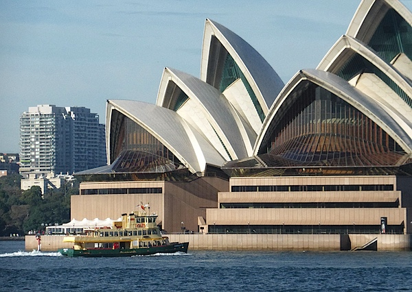 Opera House and ferry 4.JPG
