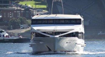 Bridge-and-ferry-wharves-Full-tele.jpg