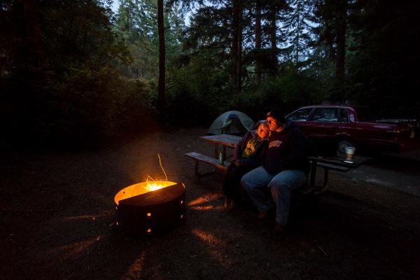 night-campfire-photography-003