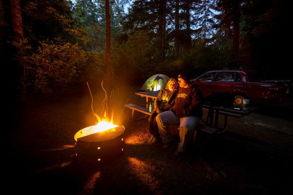 night-campfire-photography-005