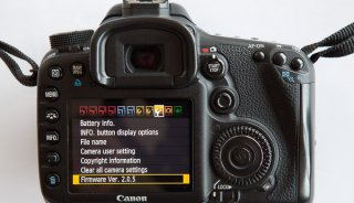 Canon_1_firmware_page.jpg