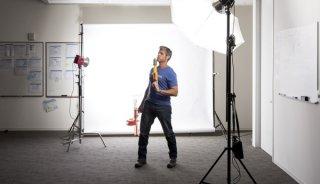 seamless backdrop, corporate headshots, digital photography school, seamless backdrop