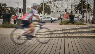 Img-1-Cycling-on-the-boardwalk-Melbourne-600px.jpg