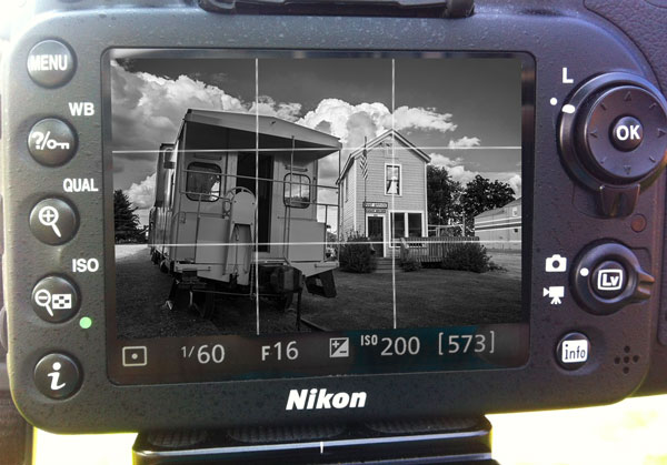 How To Use Monochrome Preview To Compose Better Color Photos