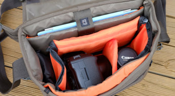 Vanguard Vojo 25 camera bag review