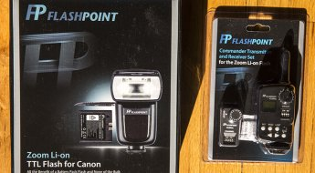 FlashPoint Li-on zoom flash and commander set