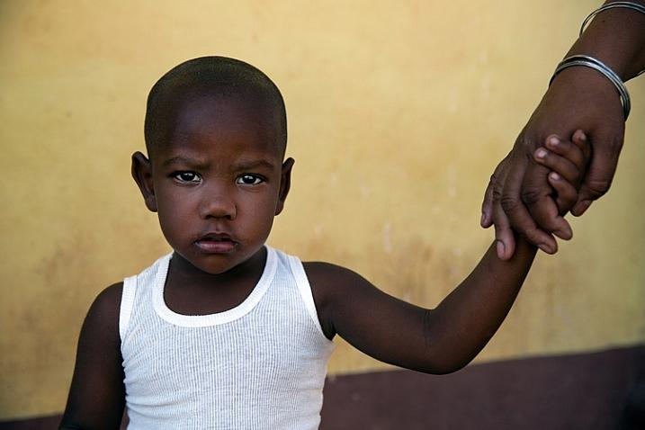 portrait of a dark boy - by oded wagenstein