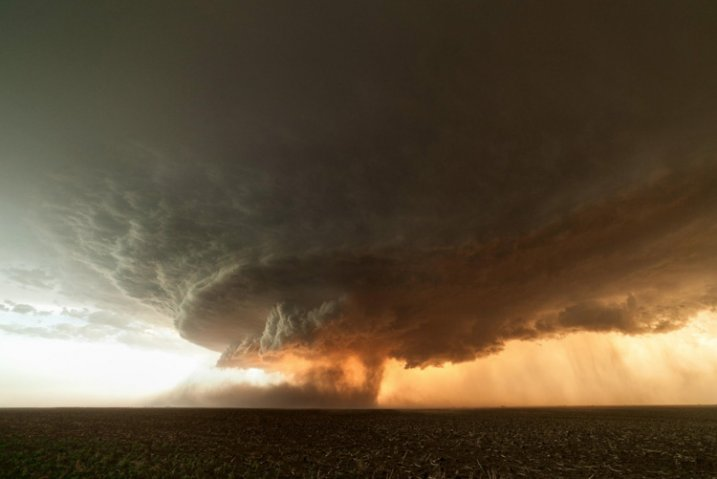 storm-chasing-article-12