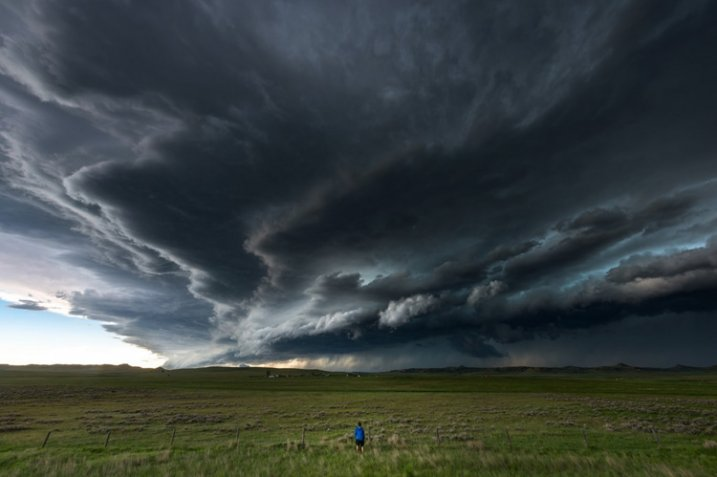 storm-chasing-article-4