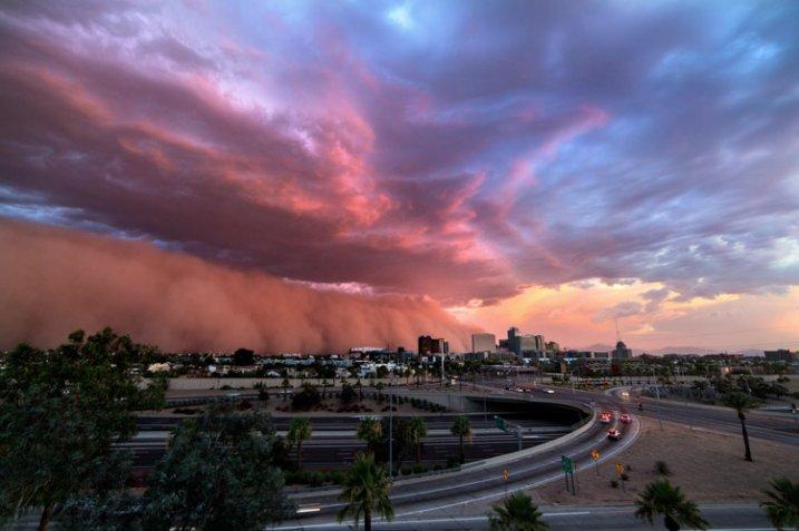 http://digital-photography-school.com/wp-content/uploads/2015/06/storm-chasing-article-9-717x477.jpg