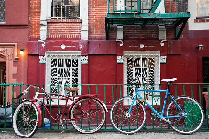 http://digital-photography-school.com/wp-content/uploads/2016/03/6-bikes-717x478.jpg