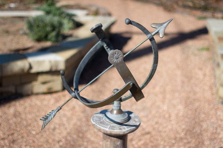 microcomposition-sundial-improper