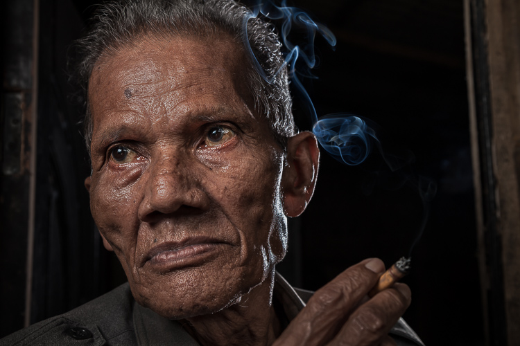http://digital-photography-school.com/wp-content/uploads/2016/04/2-Smoking-Guy.jpg