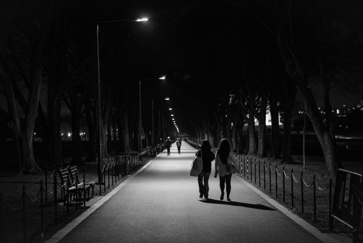 http://digital-photography-school.com/wp-content/uploads/2016/04/A-Stroll-in-the-Night-DPS.jpg