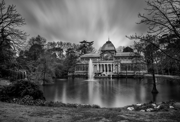 http://digital-photography-school.com/wp-content/uploads/2016/04/Crystal-Palace.jpg