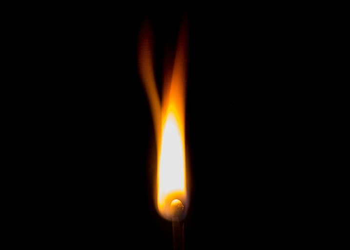 long exposure flame photo