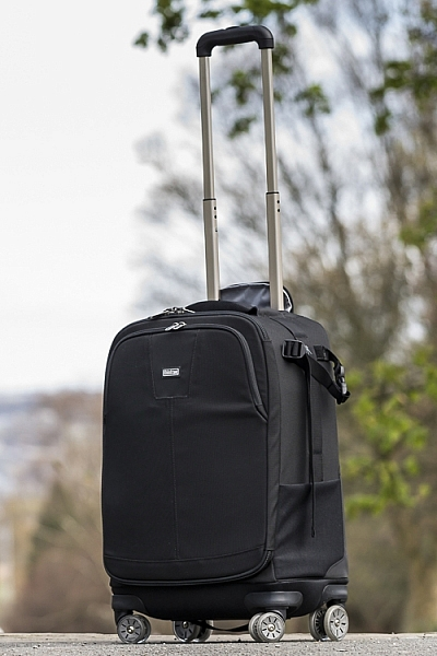 This roller bag - the ThinkTank Roller Derby - is the bag that I take to pretty much every job I have. It's small enough to easily fit in the car, yet carries everything that I need on a job.