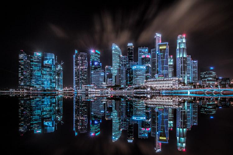 How To Enhance Urban Night Photographs Using Luminosity