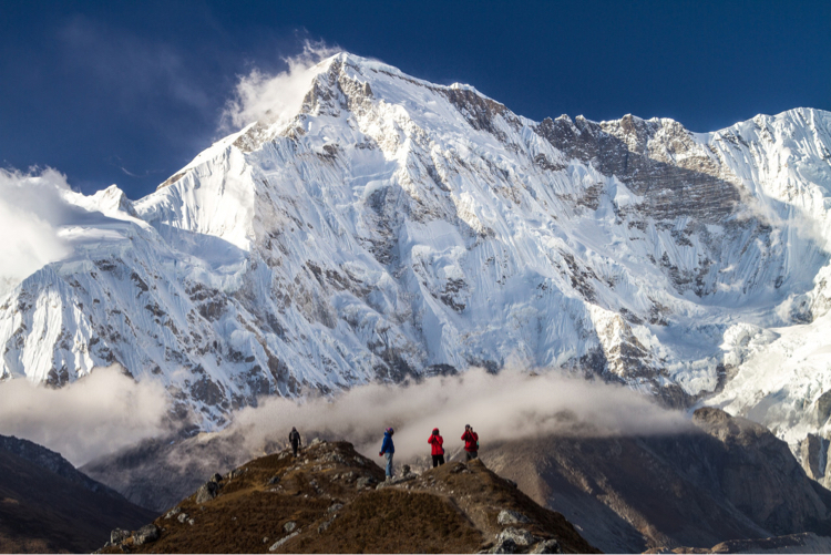 Photographers and Cho Oyu, Nepal