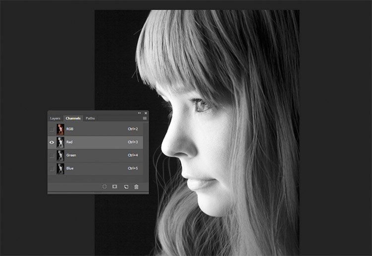 black-and-white-conversions-in-photoshop-channels-redchannel