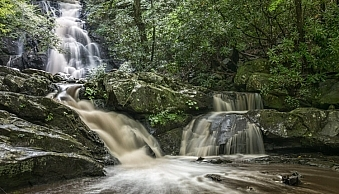 Same waterfalls as above by this time captured in cloudy conditions allowed for a long exposure with out the hot spots or a ND filter.