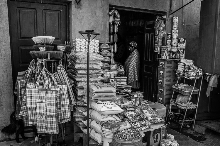 The Pros and Cons of Black & White Versus Color for Street and Travel Photography
