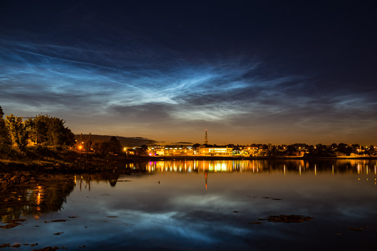 Noctilucent clouds over the city