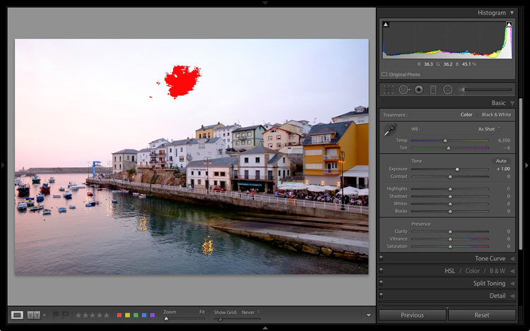 The Lightroom histogram clipped highlights